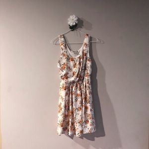 Forever 21 Dresses - NWT F21 floral dress